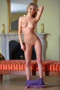 http://img224.imagevenue.com/loc1016/th_158450594_MetArt_Tmena_Barbara_D_medium_0021_123_1016lo.jpg