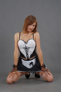 Kira - Cosplay Maid (Zip)f63gndkzck.jpg