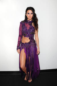 Selena Gomez - DWTS Backstage