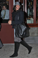 Розарио Доусон, фото 1460. Rosario Dawson leaves Da Silvano Restaurant in New York, december 23, foto 1460