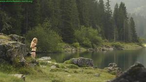 Staehly nackt Diana  Sylvan Lake